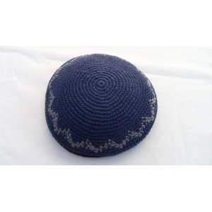Knitted Kippah Blue with Gris Zig-zag 17 cm